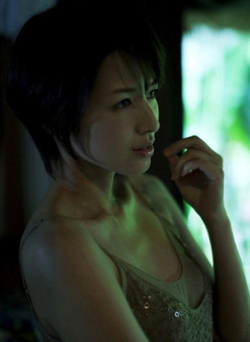 吉瀬美智子 綺麗でカッコ良すぎる熟女のヌードやイキ顔のエロ画像 182枚 No.175