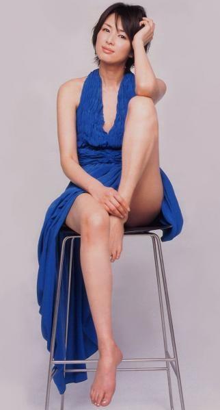 吉瀬美智子 綺麗でカッコ良すぎる熟女のヌードやイキ顔のエロ画像 182枚 No.176