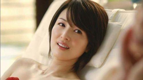 吉瀬美智子 綺麗でカッコ良すぎる熟女のヌードやイキ顔のエロ画像 182枚 No.177