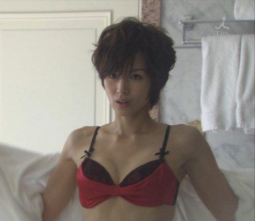吉瀬美智子 綺麗でカッコ良すぎる熟女のヌードやイキ顔のエロ画像 182枚 No.182