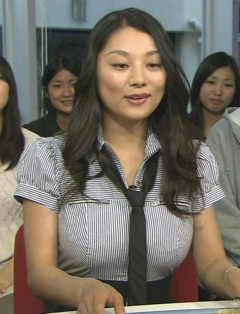 小池栄子 エロ過ぎるFカップおっぱいの谷間と力強い視線に勃起不可避なエロ画像 167枚 No.13