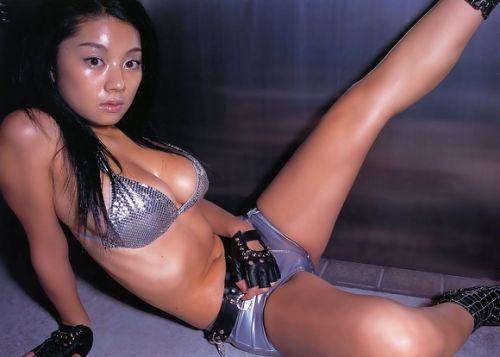 小池栄子 エロ過ぎるFカップおっぱいの谷間と力強い視線に勃起不可避なエロ画像 167枚 No.41