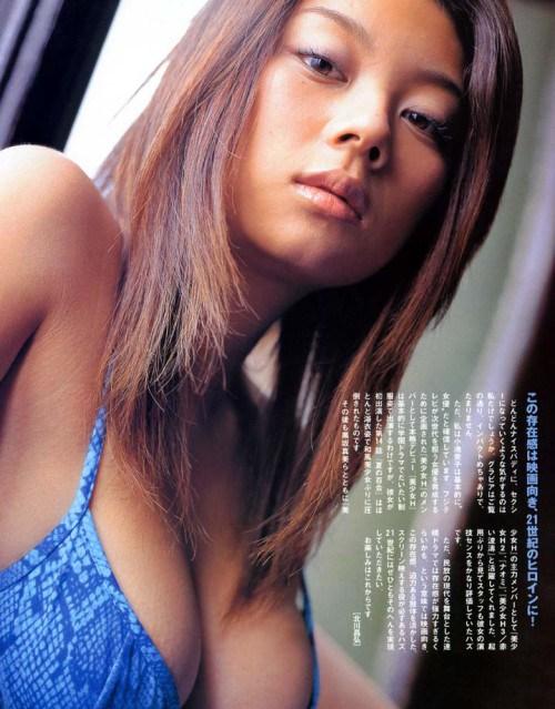 小池栄子 エロ過ぎるFカップおっぱいの谷間と力強い視線に勃起不可避なエロ画像 167枚 No.51