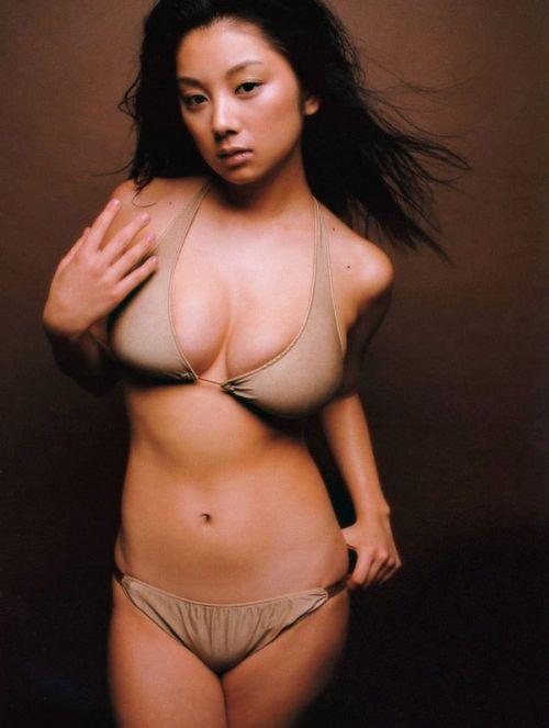 小池栄子 エロ過ぎるFカップおっぱいの谷間と力強い視線に勃起不可避なエロ画像 167枚 No.57