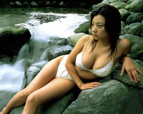 小池栄子 エロ過ぎるFカップおっぱいの谷間と力強い視線に勃起不可避なエロ画像 167枚 No.64