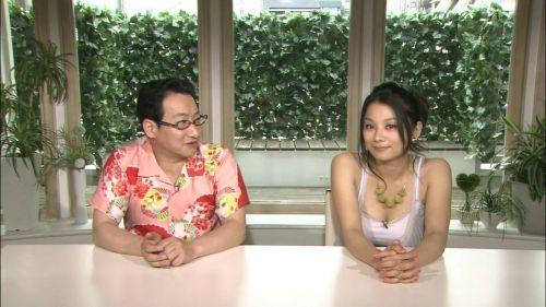 小池栄子 エロ過ぎるFカップおっぱいの谷間と力強い視線に勃起不可避なエロ画像 167枚 No.78
