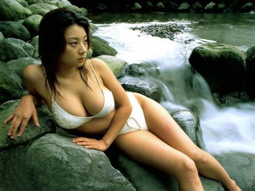 小池栄子 エロ過ぎるFカップおっぱいの谷間と力強い視線に勃起不可避なエロ画像 167枚 No.79