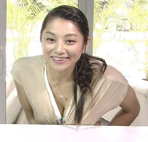 小池栄子 エロ過ぎるFカップおっぱいの谷間と力強い視線に勃起不可避なエロ画像 167枚 No.87
