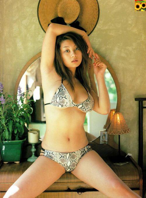 小池栄子 エロ過ぎるFカップおっぱいの谷間と力強い視線に勃起不可避なエロ画像 167枚 No.104