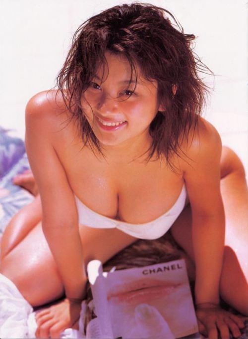 小池栄子 エロ過ぎるFカップおっぱいの谷間と力強い視線に勃起不可避なエロ画像 167枚 No.119