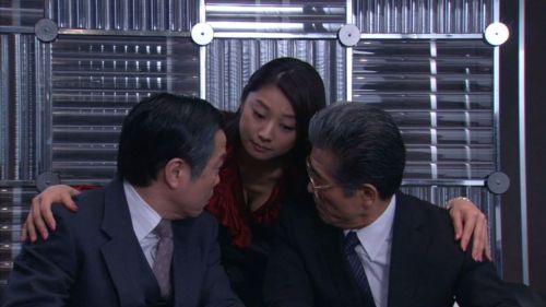 小池栄子 エロ過ぎるFカップおっぱいの谷間と力強い視線に勃起不可避なエロ画像 167枚 No.120