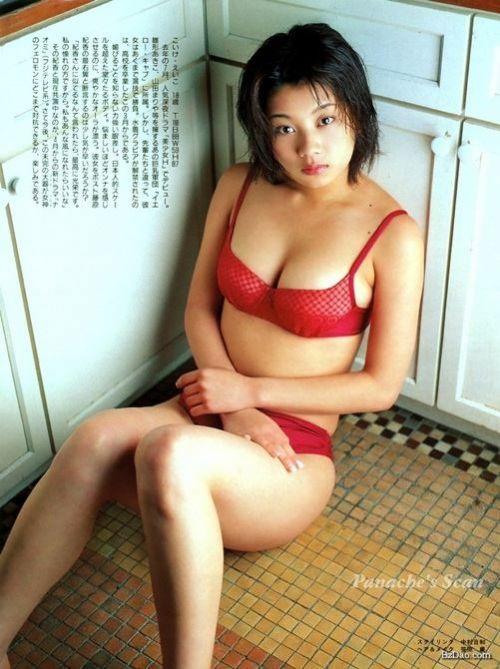 小池栄子 エロ過ぎるFカップおっぱいの谷間と力強い視線に勃起不可避なエロ画像 167枚 No.162