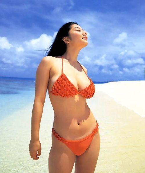 小池栄子 エロ過ぎるFカップおっぱいの谷間と力強い視線に勃起不可避なエロ画像 167枚 No.166