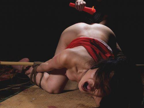 縛られて感じてる女の子のSMエロ画像 40枚 No.27