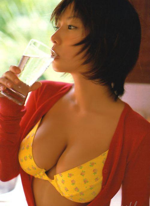 MEGUMI Hカップおっぱいなダイナマイトバディにフル勃起エロ画像 161枚 No.74