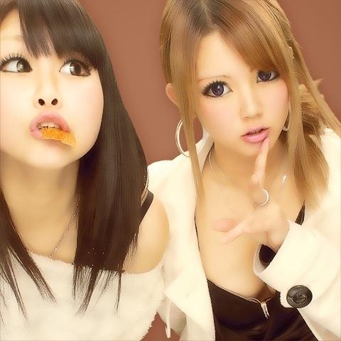 【エロ画像】女子高生がプリクラ内での悪ふざけした結果www 40枚 No.31