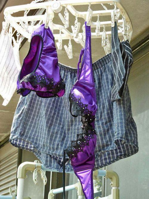 下着泥棒の大好物!パンティやブラジャーを外干しした洗濯物盗撮エロ画像 36枚 No.29