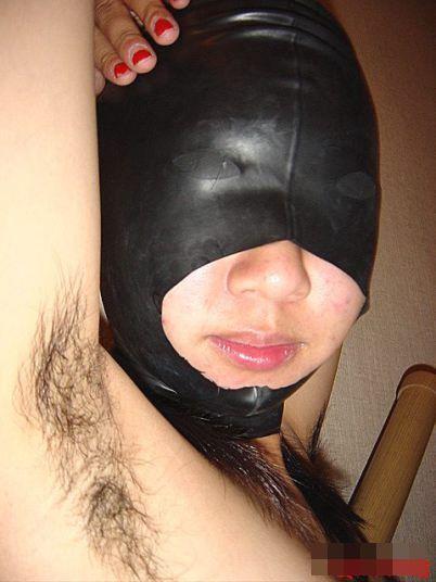 ワキ毛がフサフサな女性の腋に顔を埋めたくなるエロ画像 36枚 No.10