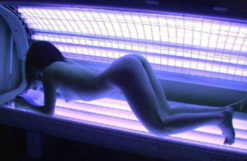 【画像】日焼けサロンで全裸になっている外国人を盗撮した結果www 39枚 No.12