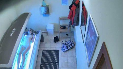 【画像】日焼けサロンで全裸になっている外国人を盗撮した結果www 39枚 No.21
