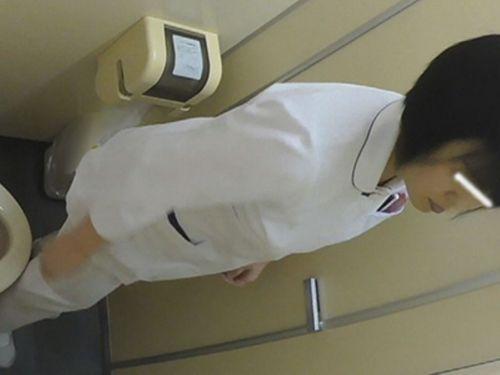 看護師(ナース)が和式や洋式トイレで聖水出しちゃう盗撮エロ画像 37枚 No.14