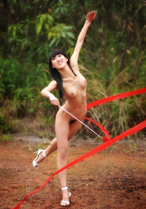 全裸でスポーツに勤しむアスリート達のエロ画像がこちらです! 33枚 No.5