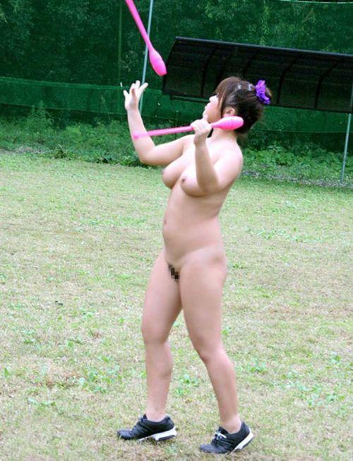 全裸でスポーツに勤しむアスリート達のエロ画像がこちらです! 33枚 No.27