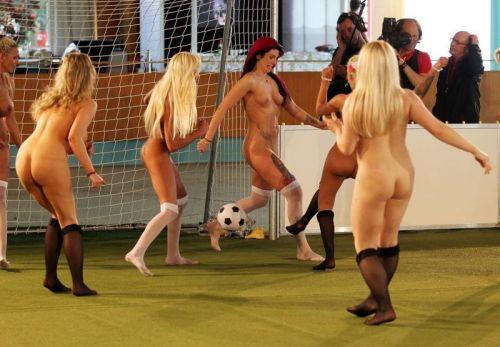 全裸でスポーツに勤しむアスリート達のエロ画像がこちらです! 33枚 No.32