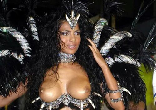 サンバカーニバルで外国人がおっぱい丸出しで踊り狂うエロ画像 36枚 No.8