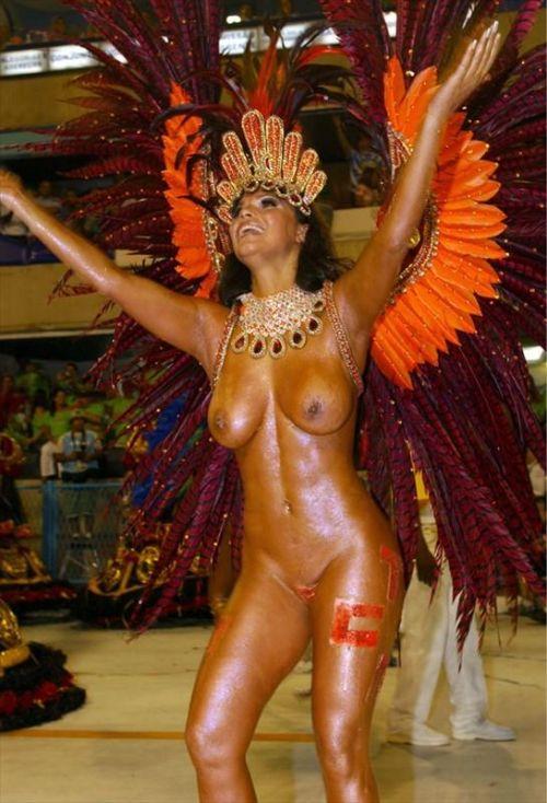 サンバカーニバルで外国人がおっぱい丸出しで踊り狂うエロ画像 36枚 No.20