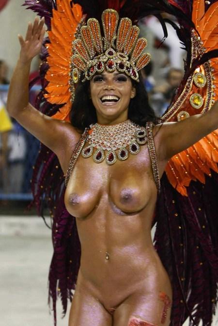 サンバカーニバルで外国人がおっぱい丸出しで踊り狂うエロ画像 36枚 No.21
