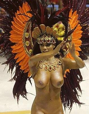 サンバカーニバルで外国人がおっぱい丸出しで踊り狂うエロ画像 36枚 No.24