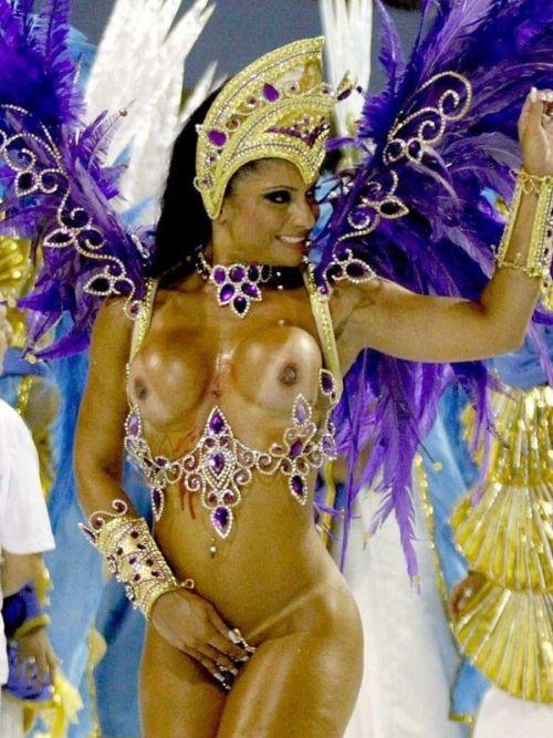 サンバカーニバルで外国人がおっぱい丸出しで踊り狂うエロ画像 36枚 No.29