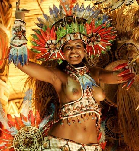 サンバカーニバルで外国人がおっぱい丸出しで踊り狂うエロ画像 36枚 No.30