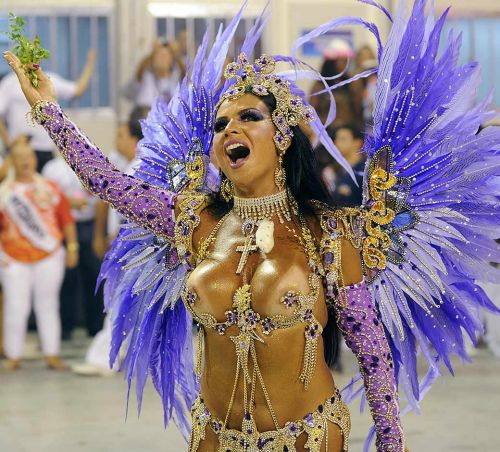 サンバカーニバルで外国人がおっぱい丸出しで踊り狂うエロ画像 36枚 No.31