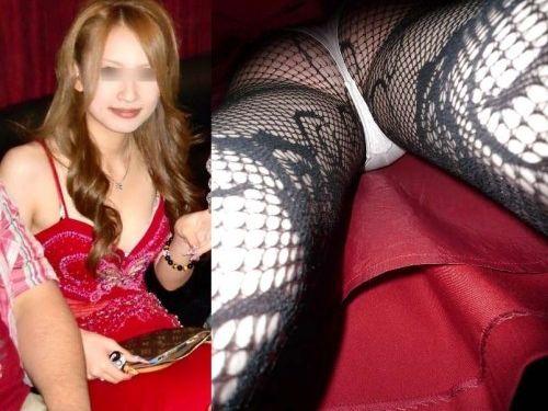 【エロ画像】同伴希望!キャバ嬢のパンチラや美脚を盗撮したったwww 31枚 No.1