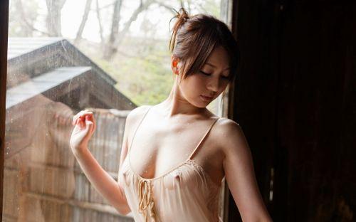 貧乳女子がノーブラで乳首透けちゃってる乳首ポッチなエロ画像 35枚 No.18