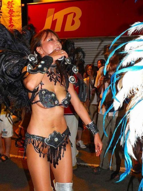 【エロ画像】日本で開催されたサンバカーニバルもほぼ裸体な件 41枚 No.6