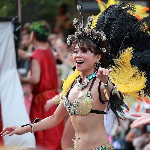 【エロ画像】日本で開催されたサンバカーニバルもほぼ裸体な件 41枚 No.10