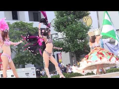 【エロ画像】日本で開催されたサンバカーニバルもほぼ裸体な件 41枚 No.21
