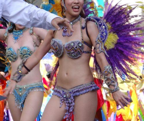 【エロ画像】日本で開催されたサンバカーニバルもほぼ裸体な件 41枚 No.35