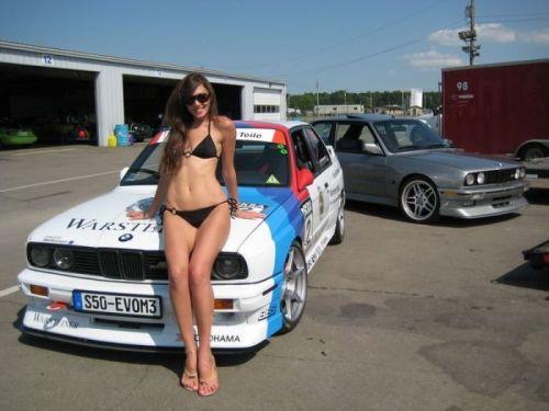 全裸外国人が車と共にセクシーなポージングをしちゃうエロ画像 34枚 No.5