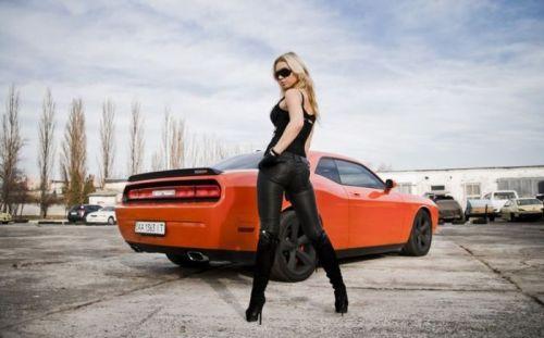 全裸外国人が車と共にセクシーなポージングをしちゃうエロ画像 34枚 No.21