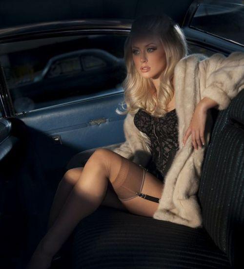 全裸外国人が車と共にセクシーなポージングをしちゃうエロ画像 34枚 No.28