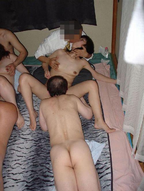 【画像】母と娘が同時にセックスしちゃう通称親子丼の卑猥さは異常www 46枚 No.12