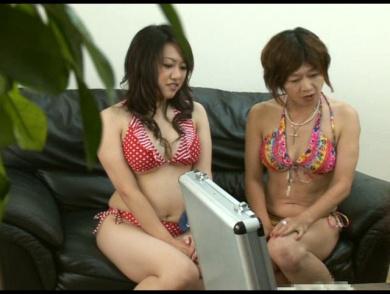 【画像】母と娘が同時にセックスしちゃう通称親子丼の卑猥さは異常www 46枚 No.22