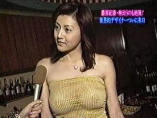芸能人や女子アナの乳首透けが見えちゃうTVお宝エロ画像 32枚 No.15