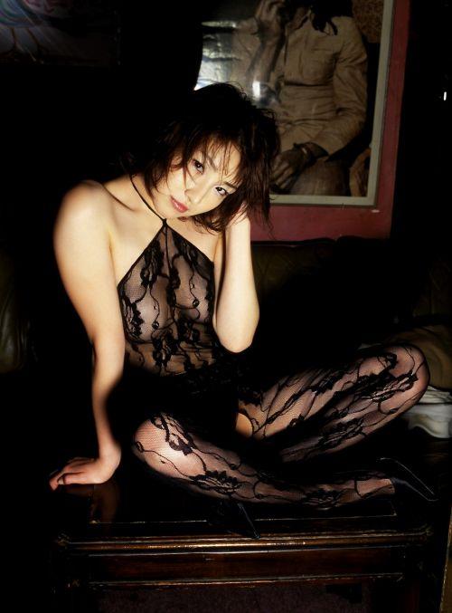 【画像】刺繍入りの高級ボディストッキングのお姉さんがヤバエロいwww 35枚 No.16
