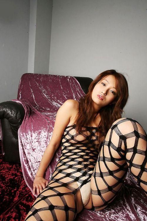 【画像】刺繍入りの高級ボディストッキングのお姉さんがヤバエロいwww 35枚 No.30