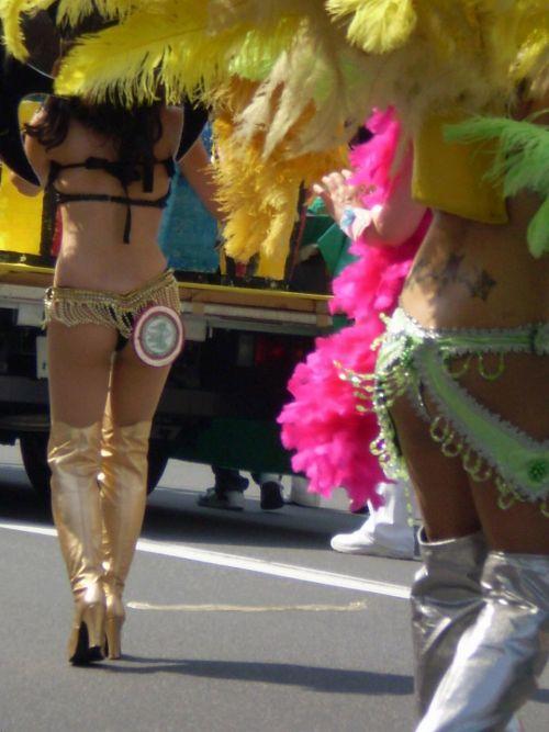 リオのカーニバルで有名なサンバ衣装を着たお姉さんのお尻エロ画像 37枚 No.2